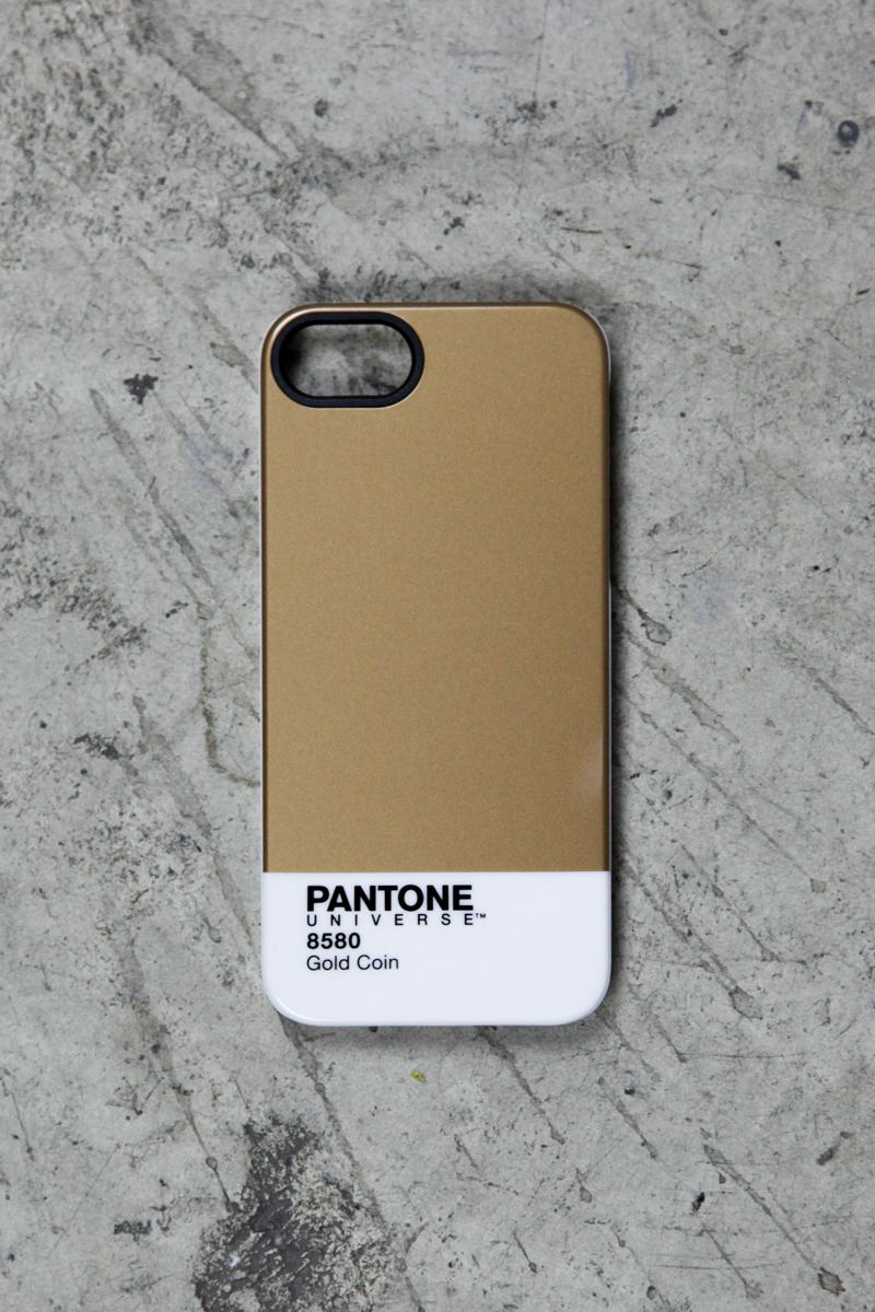 Pantone Universe Iphone 5 5s Case In Gold Coin Lulu